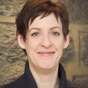 Angela Colter